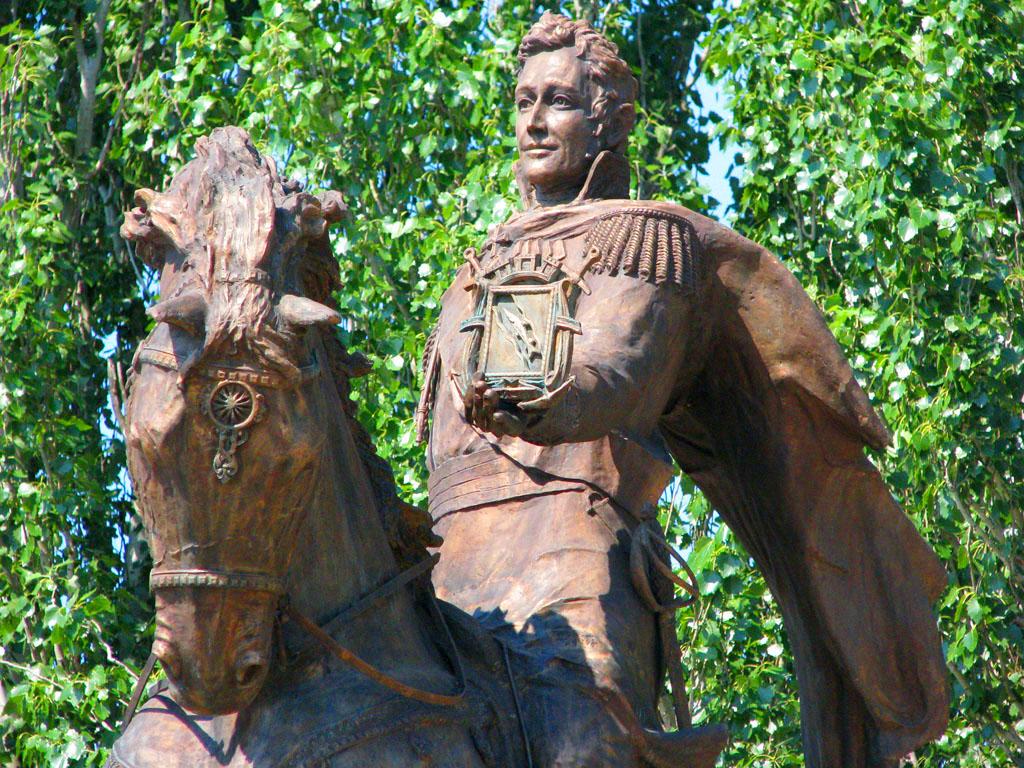 Фото: Памятник Основателю города светлейшему князю Воронцову