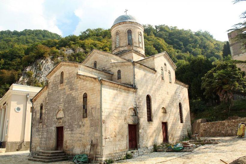 Фото: Храм Симона Кананита